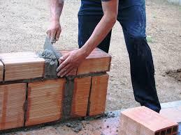 Oferujemy pracowników budowlanych, cieśle, zbrojarzy.